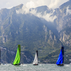 FOILING WORLD CUP UNDER 25